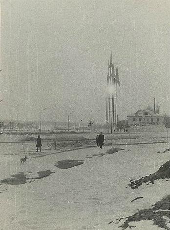 Три ракеты у нового моста